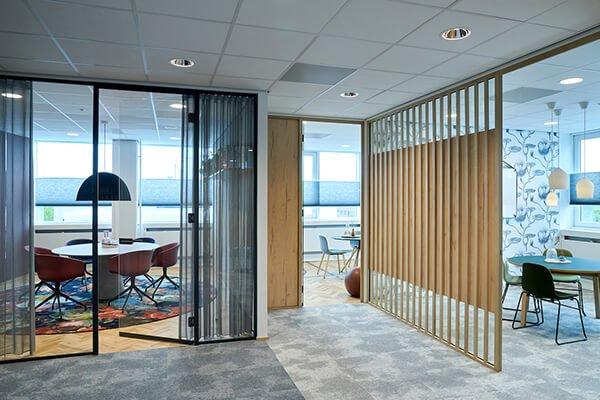 Kamers waarin de adviseurs van K+V spreken met sollicitanten en opdrachtgevers